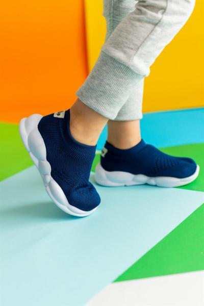 سفارش کفش اسپرت بچه گانه دخترانه ارزان برند First Step رنگ لاجوردی کد ty100290614