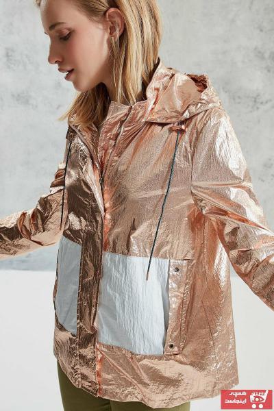 خرید انلاین بارانی زنانه خاص برند Yargıcı رنگ متالیک کد ty50602494