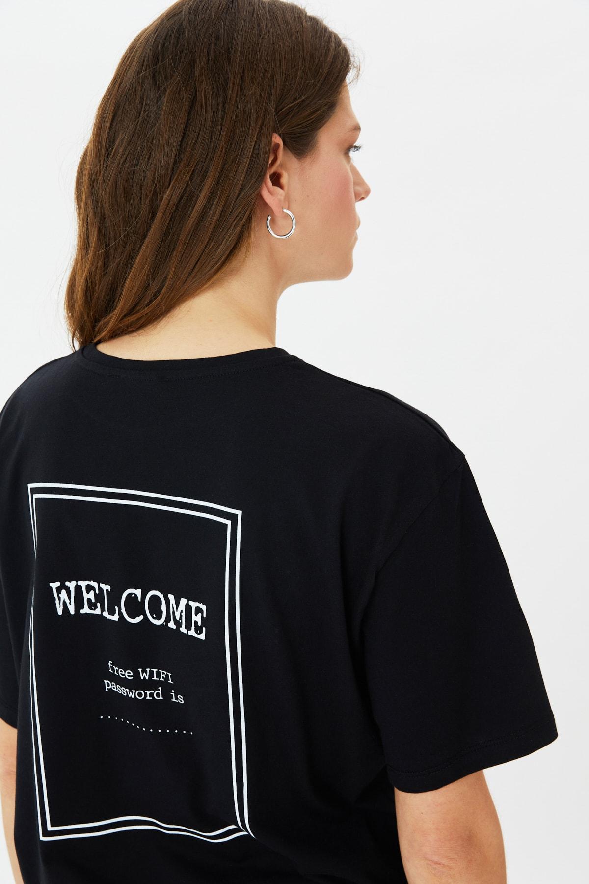 خرید ارزان تیشرت فانتزی زنانه مارک ترندیول میلا رنگ مشکی کد ty101290976