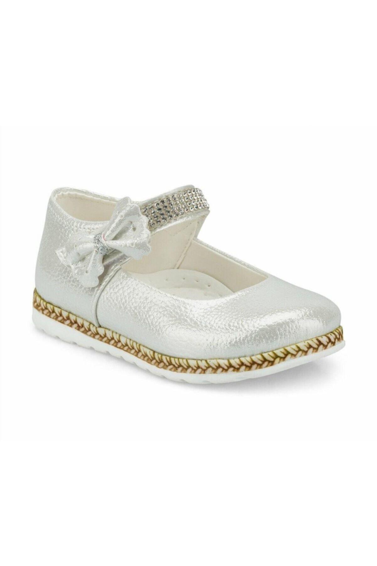 سفارش انلاین کفش تخت بچه گانه دخترانه ساده برند Gigi رنگ نقره کد ty36679737
