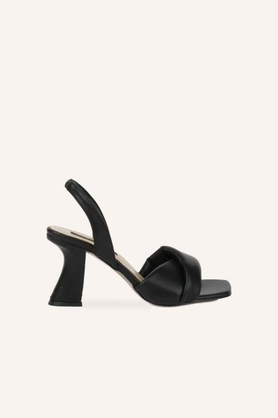 فروش کفش پاشنه بلند مجلسی زنانه فانتزی برند MARCATELLI رنگ مشکی کد ty103337351