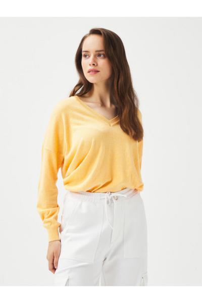 پلیور زنانه نگیندار برند Xint رنگ نارنجی کد ty47937107