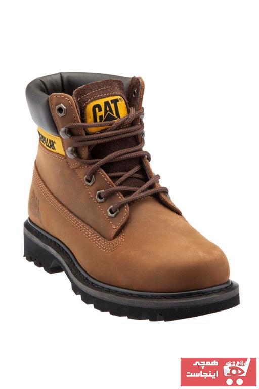 خرید پستی بوت شیک مردانه برند Caterpillar رنگ قهوه ای کد ty1263555