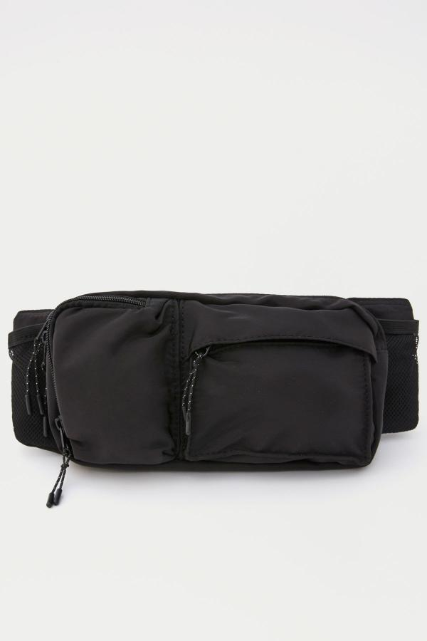 کیف کمری 2020 مدل جدید برند Pull & Bear رنگ مشکی کد ty31082894