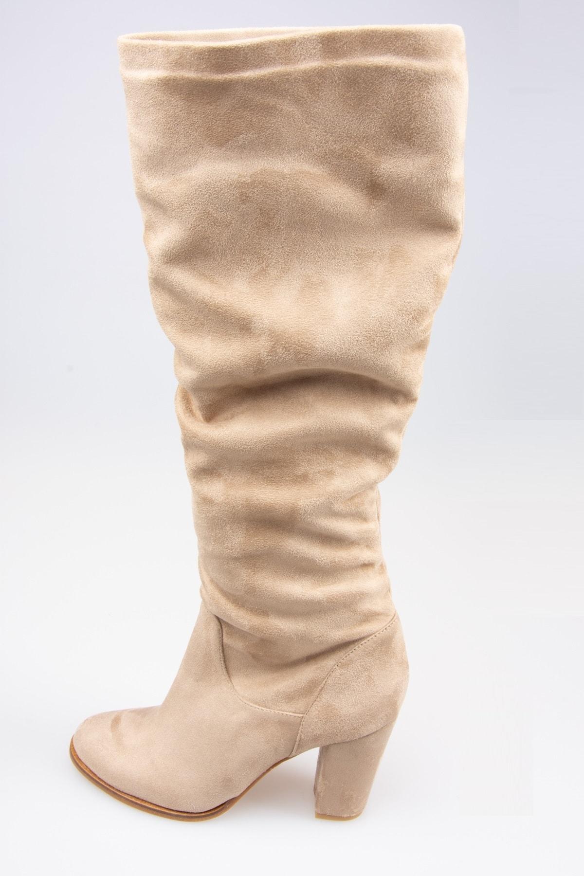 خرید اینترنتی چکمه بلند برند Fox Shoes رنگ بژ کد ty31638933