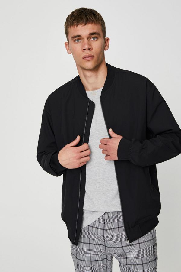 ژاکت مردانه مارک دار برند Pull & Bear رنگ مشکی کد ty34213443