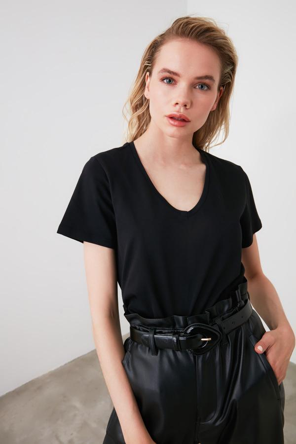 تیشرت زنانه زیبا برند ترندیول میلا رنگ مشکی کد ty35247548