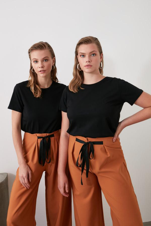 حرید اینترنتی تیشرت زنانه ارزان برند ترندیول میلا رنگ مشکی کد ty35412448