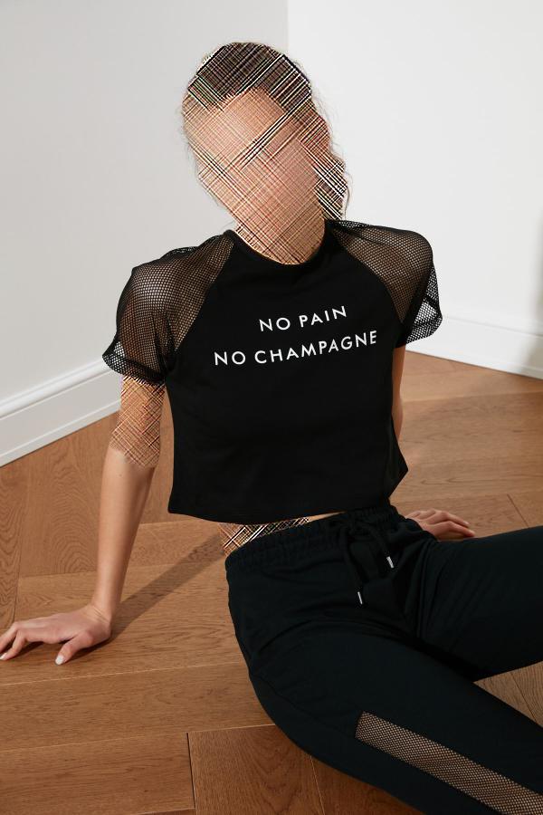 فروش تیشرت زنانه ترک مجلسی برند ترندیول میلا رنگ مشکی کد ty35607402