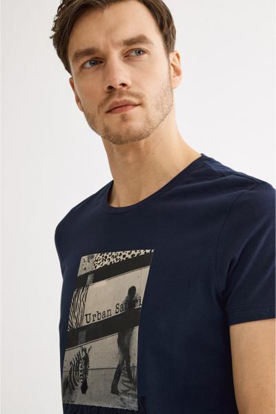 خرید تی شرت مردانه شیک مجلسی برند آوا رنگ لاجوردی کد ty37110914