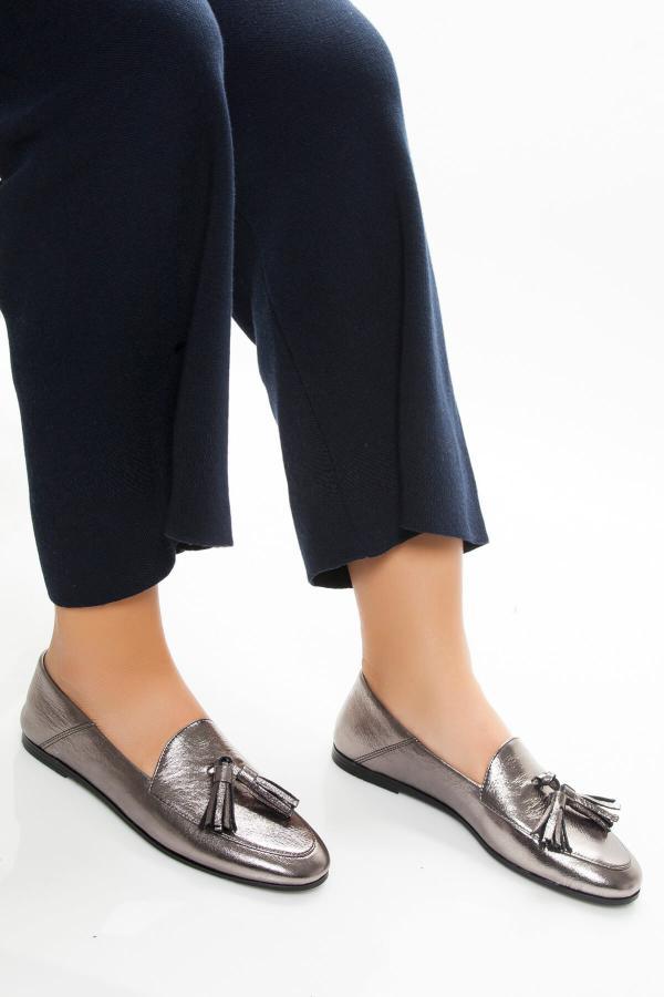 کفش تخت دخترانه  برند Deripabuc رنگ نقره کد ty3779408