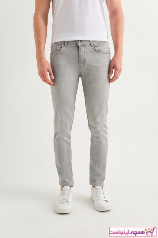 خرید اینترنتی شلوار جین مردانه برند آوا رنگ نقره ای کد ty40927905