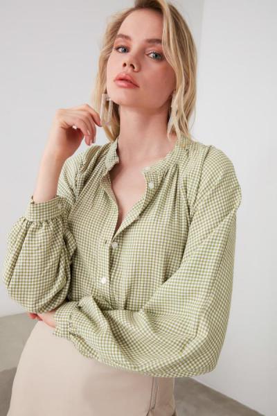 فروش شومیز زنانه خفن مارک ترندیول میلا رنگ سبز کد ty42584810