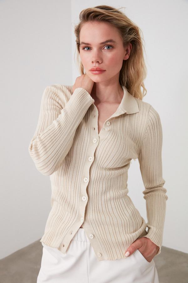 ژورنال ژاکت بافتی زنانه برند ترندیول میلا رنگ نقره ای کد ty42718144
