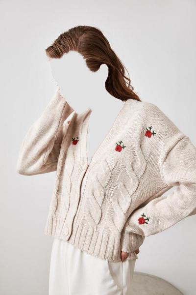 خرید ژاکت زنانه شیک مجلسی مارک ترندیول میلا رنگ نقره ای کد ty43355045