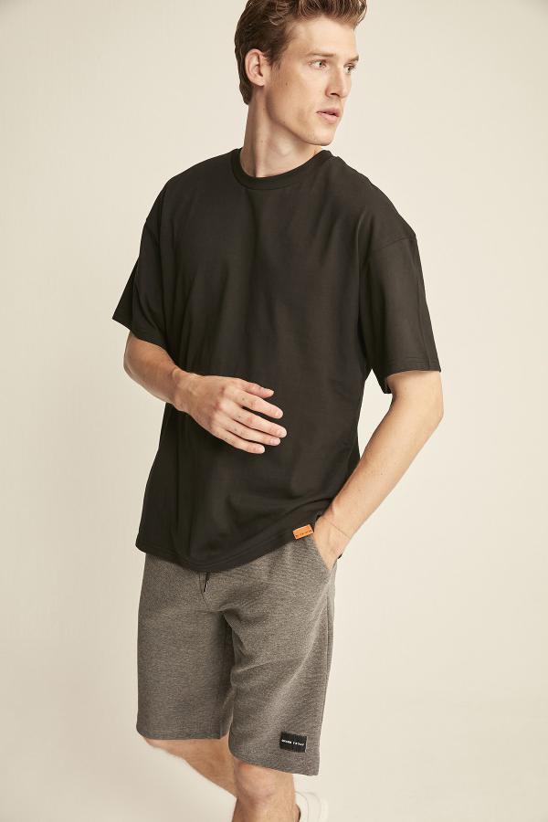 تی شرت مردانه فانتزی مارک GRIMELANGE رنگ مشکی کد ty43900443