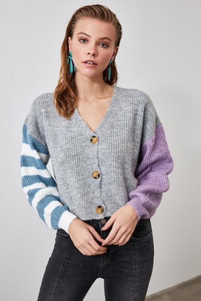 خرید ارزان ژاکت بافتی زنانه اسپرت برند TRENDYOLMİLLA رنگ نقره ای کد ty44137865