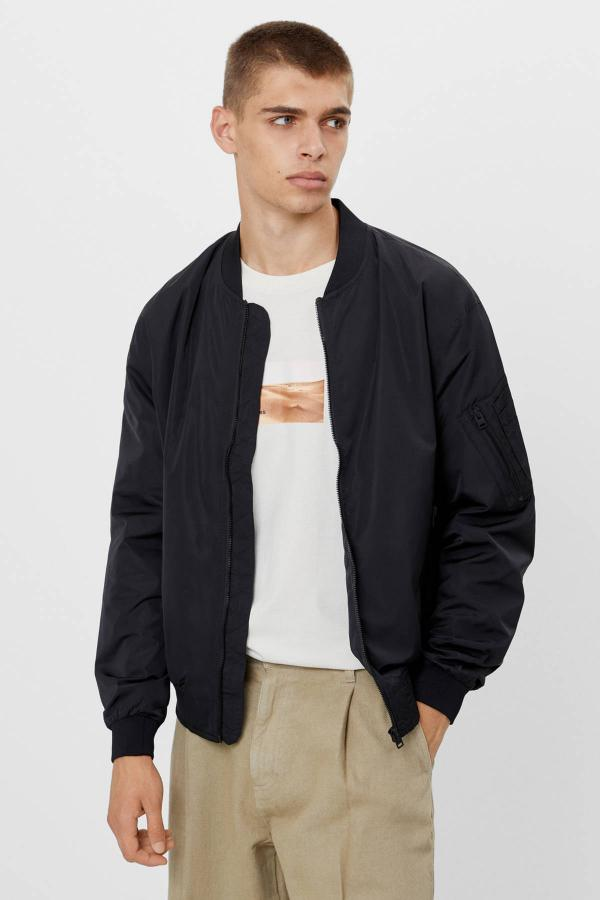 خرید پستی ژاکت زیبا مردانه مارک bershka رنگ مشکی کد ty44182941