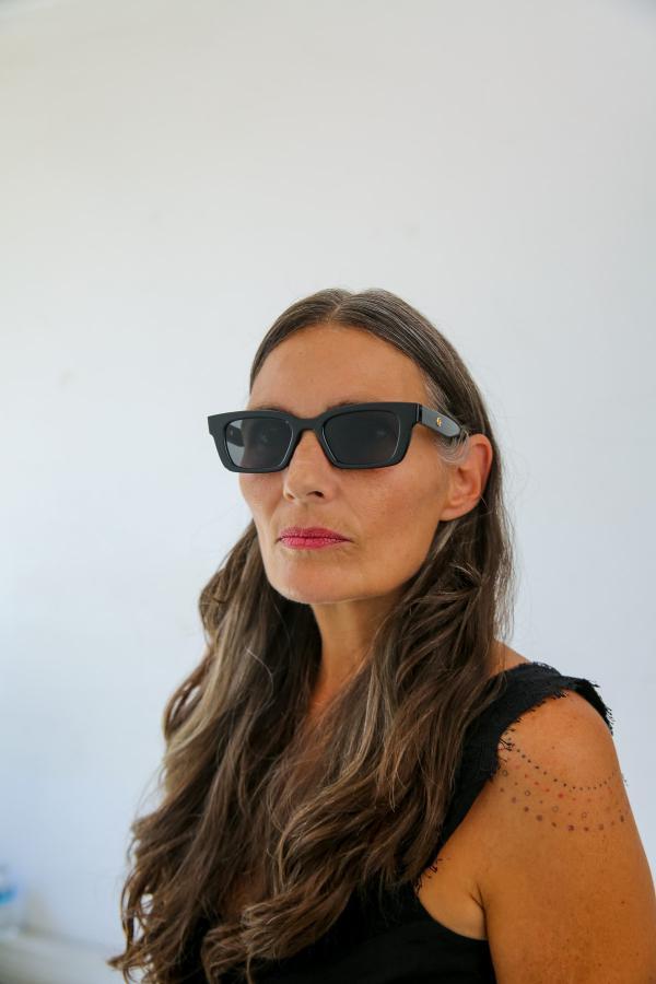 خرید مدل عینک آفتابی زنانه برند Bilge Karga رنگ مشکی کد ty44602582