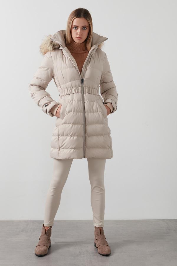 سفارش پالتو زمستانی زنانه برند Lela رنگ بژ کد ty47382345