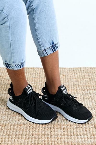 فروش کفش اسپرت مردانه حراجی برند تونی بلک اورجینال رنگ مشکی کد ty48479384