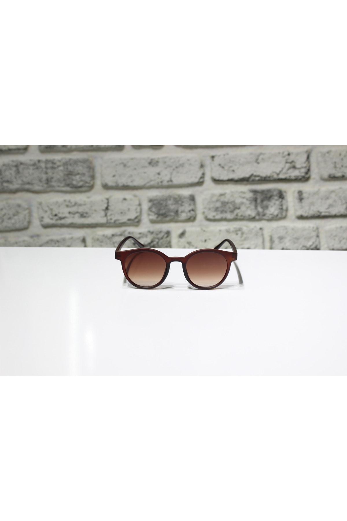 خرید عینک آفتابی خفن برند Piu رنگ قهوه ای کد ty52531967