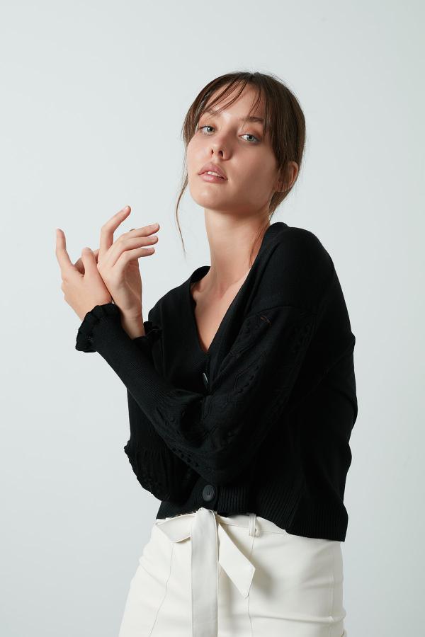 ژاکت بافتی فانتزی برند Lela رنگ مشکی کد ty52650426