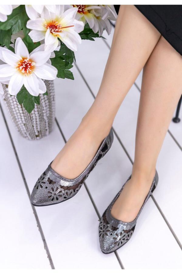 کفش تخت دخترانه طرح دار برند kendimarkan کد ty52682666