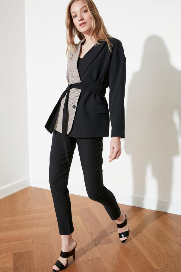 فروشگاه ژاکت زنانه برند TRENDYOLMİLLA کد ty52919230