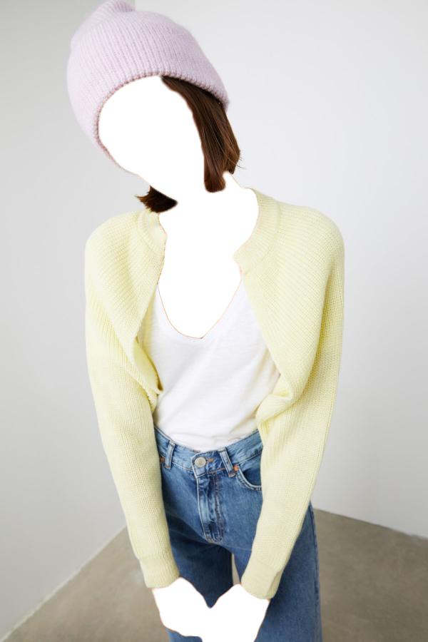 خرید نقدی ژاکت بافتی زنانه ترک  برند TRENDYOLMİLLA رنگ زرد ty60700213
