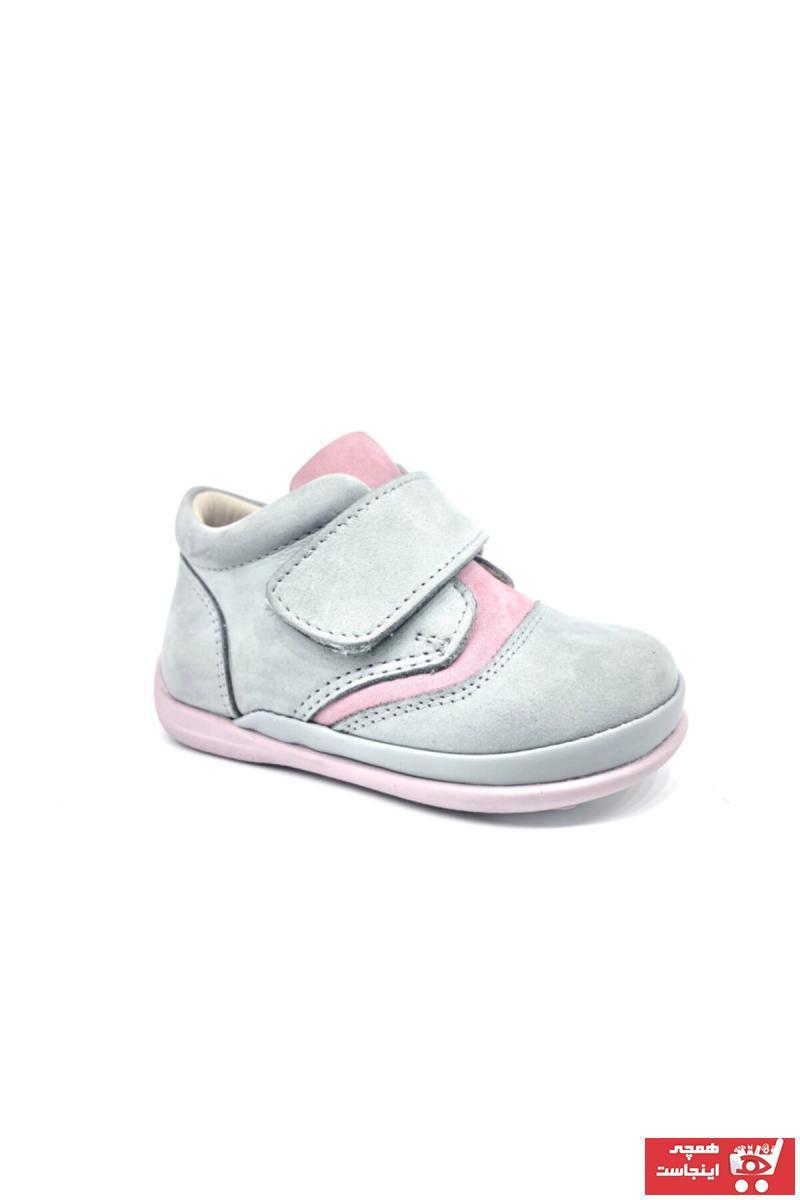 فروش بوت بچه گانه دخترانه برند Nubebe رنگ نقره ای کد ty41804163