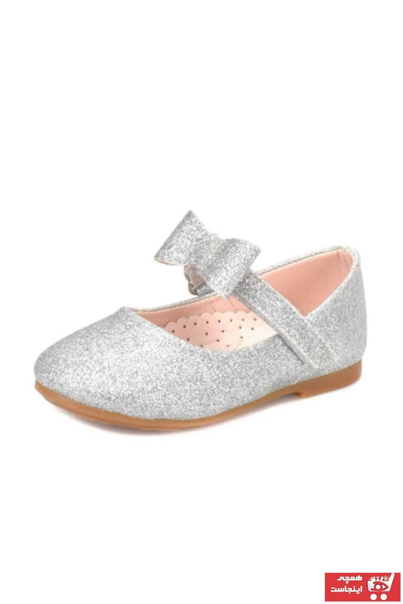 فروش کفش تخت بچه گانه دخترانه جدید برند Lisanslı Markalar رنگ نقره کد ty89844438