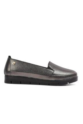 خرید پستی کفش روزمره زنانه جدید برند پیرکاردن کد ty114226000