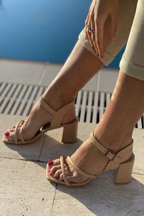 سفارش پاشنه بلند زنانه ارزان برند İnan Ayakkabı رنگ بژ کد ty81748094