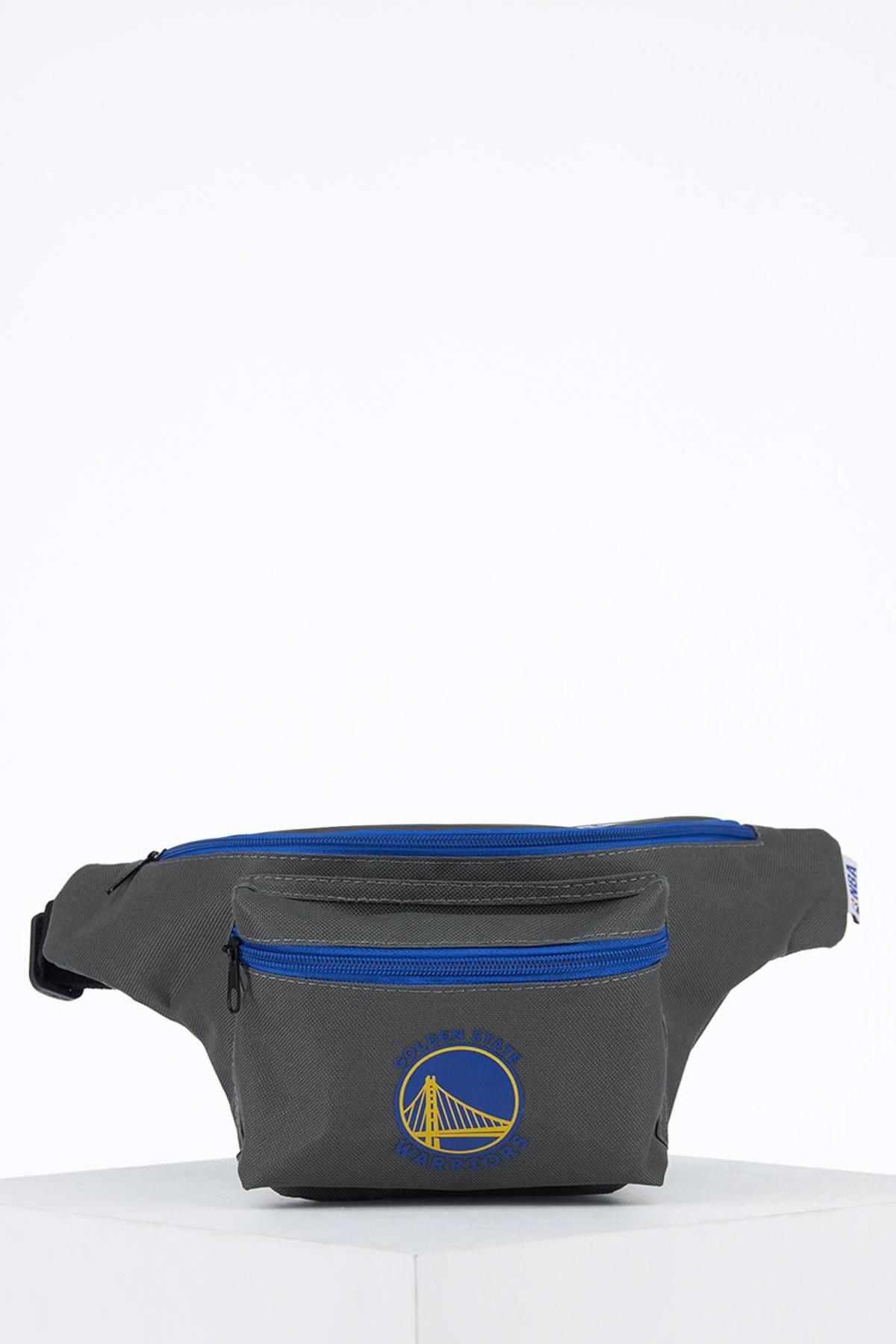 کیف کمری جدید مردانه اصل مارک دفاکتو رنگ نقره ای کد ty99989727