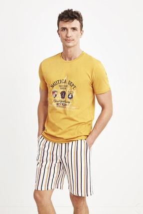 شلوارک خاص مردانه برند Nautica رنگ زرد ty110517814