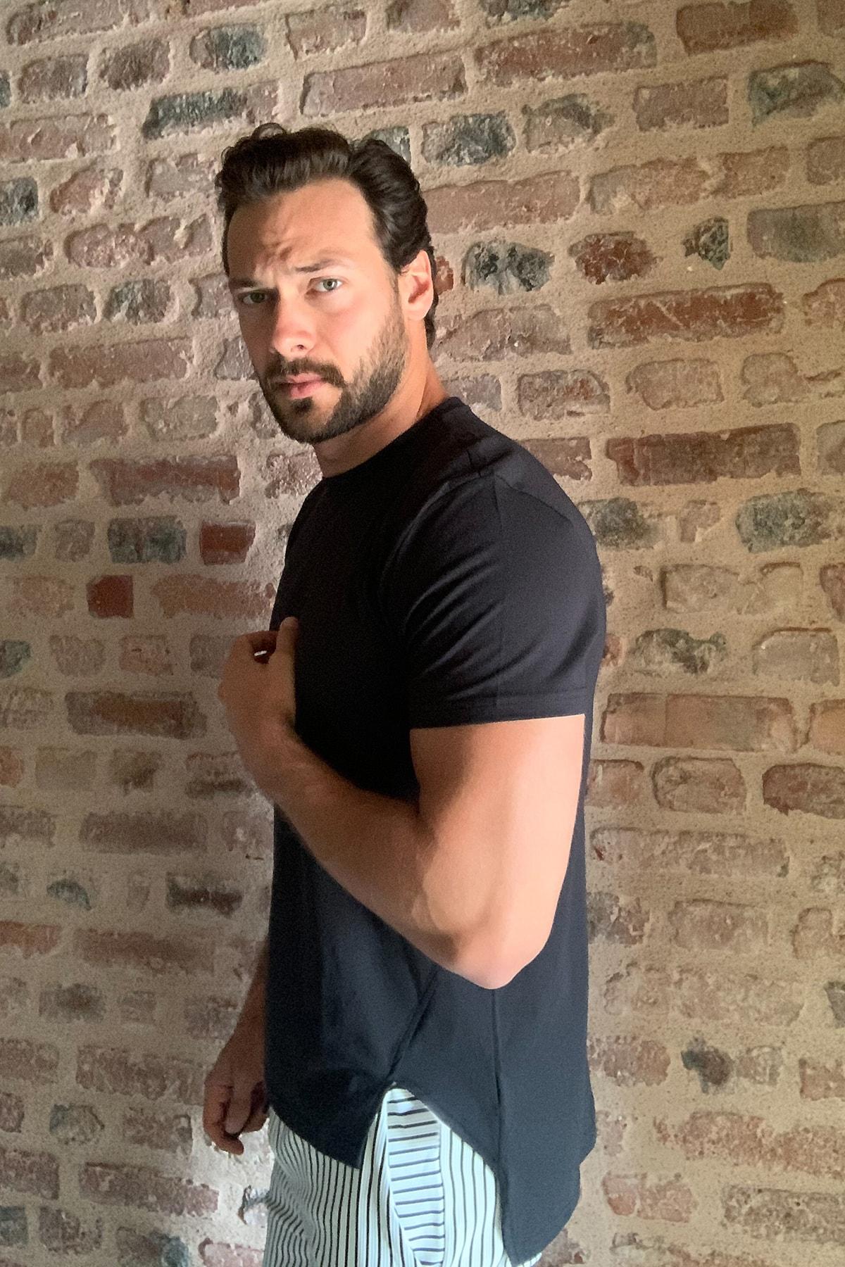 تی شرت مردانه ارزان مارک ترندیول مرد رنگ مشکی کد ty38032368