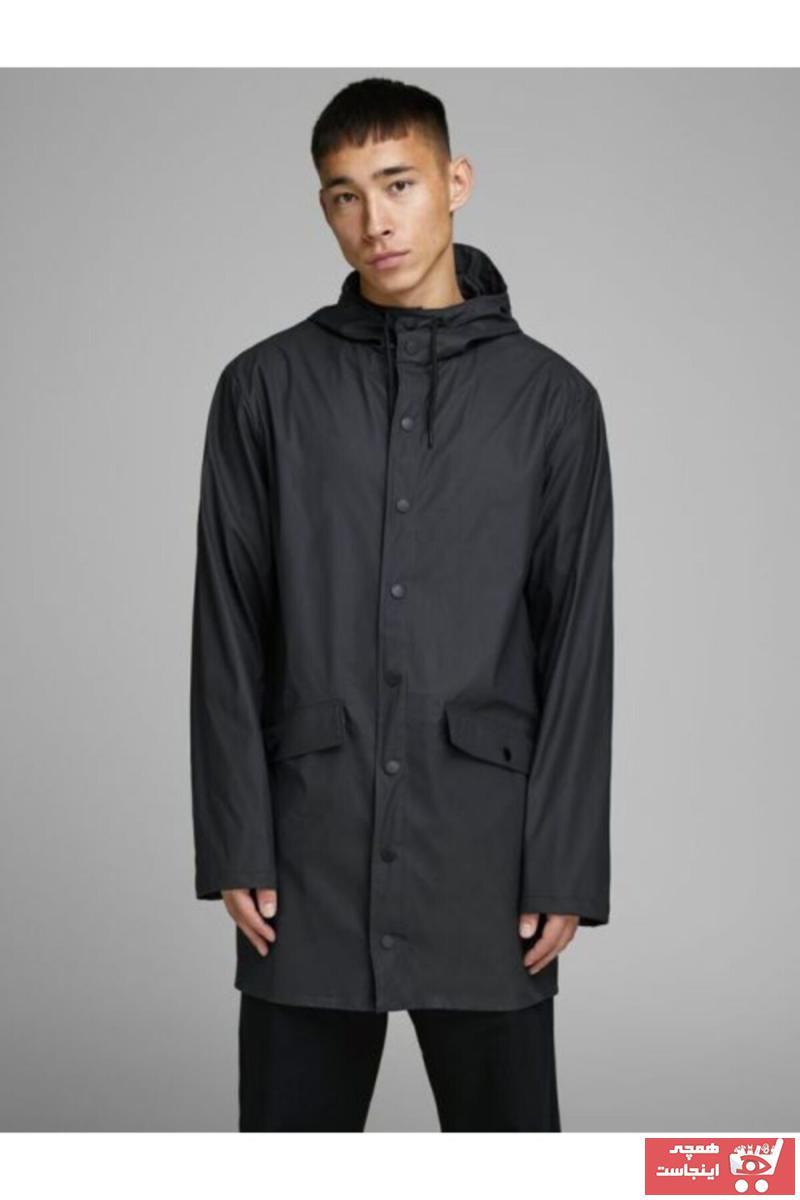 خرید پستی بارانی اصل مردانه برند جک اند جونز رنگ مشکی کد ty55050634