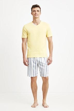 شلوارک مردانه برند Nautica رنگ زرد ty91509837