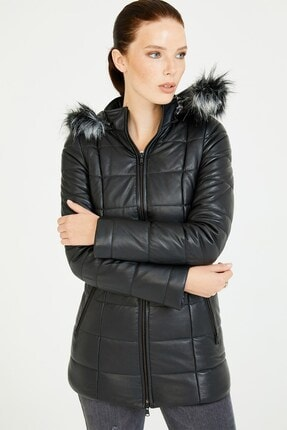 کاپشن چرم زنانه مدل دار برند Deri Company رنگ مشکی کد ty7090012