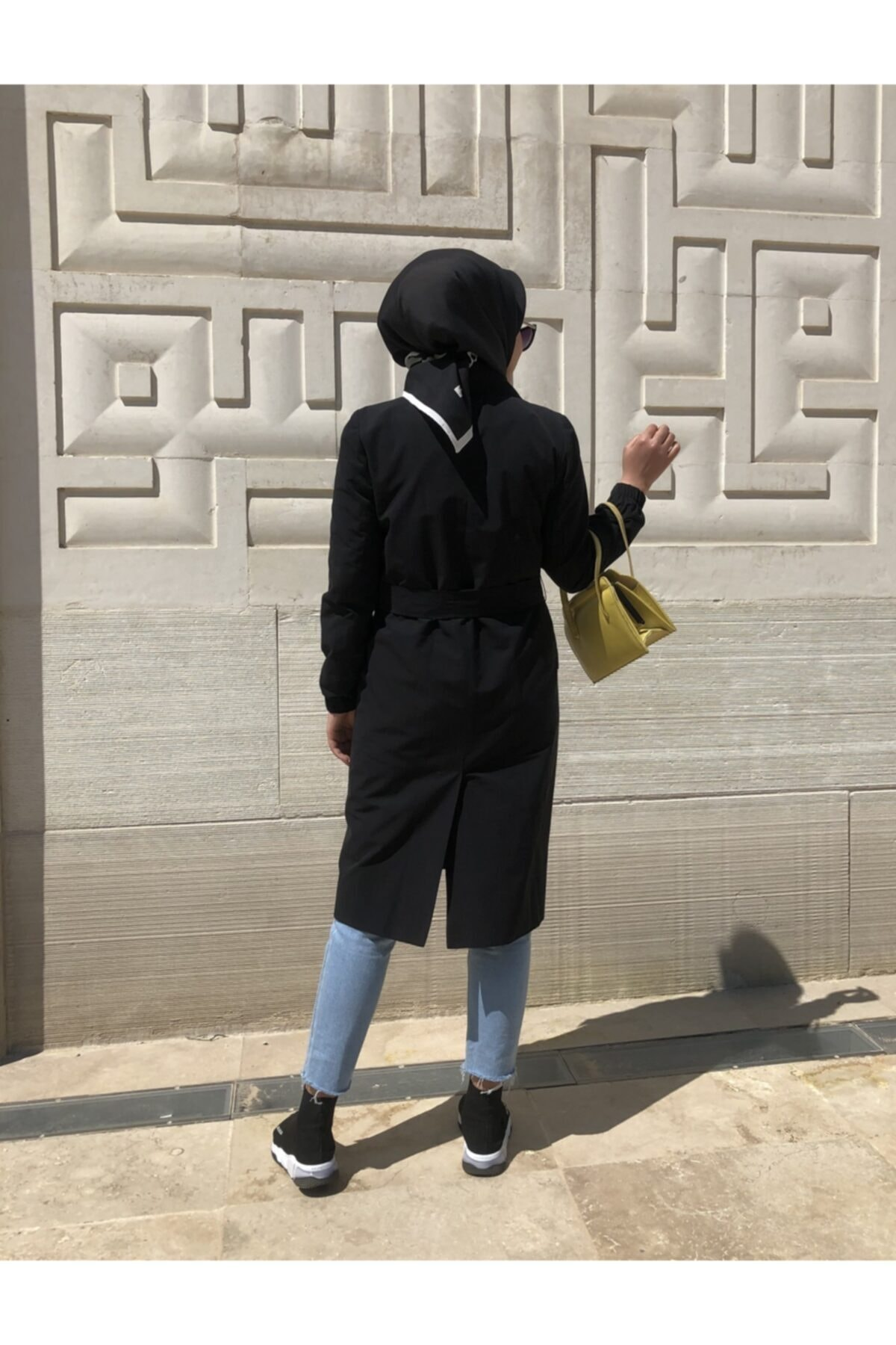 مانتو زمستانی زنانه اصل مجلسی برند Prilika رنگ مشکی کد ty102173514