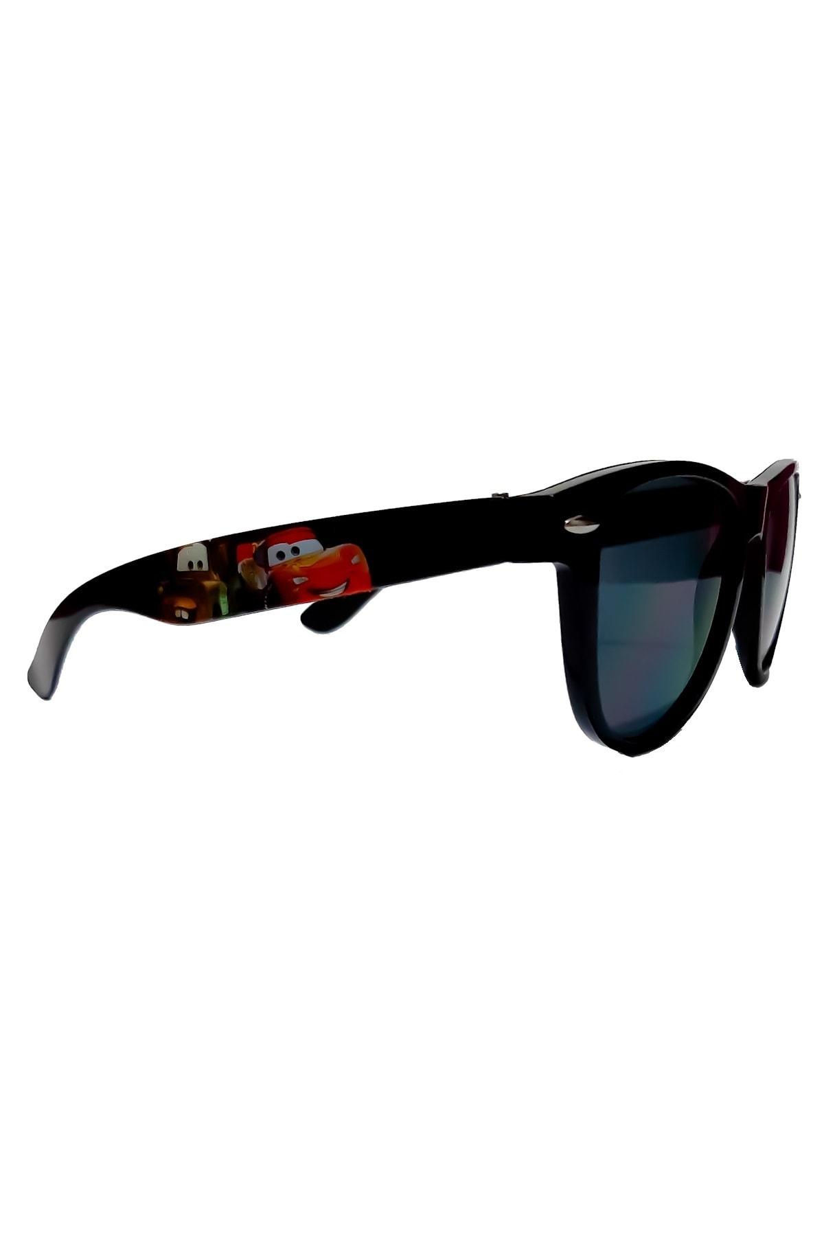 خرید نقدی عینک آفتابی پسرانه برند CARS رنگ مشکی کد ty43812639