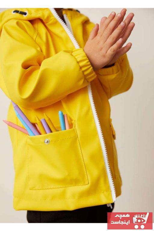 سفارش اینترنتی بارانی پسرانه برند مانگو رنگ زرد ty81335075
