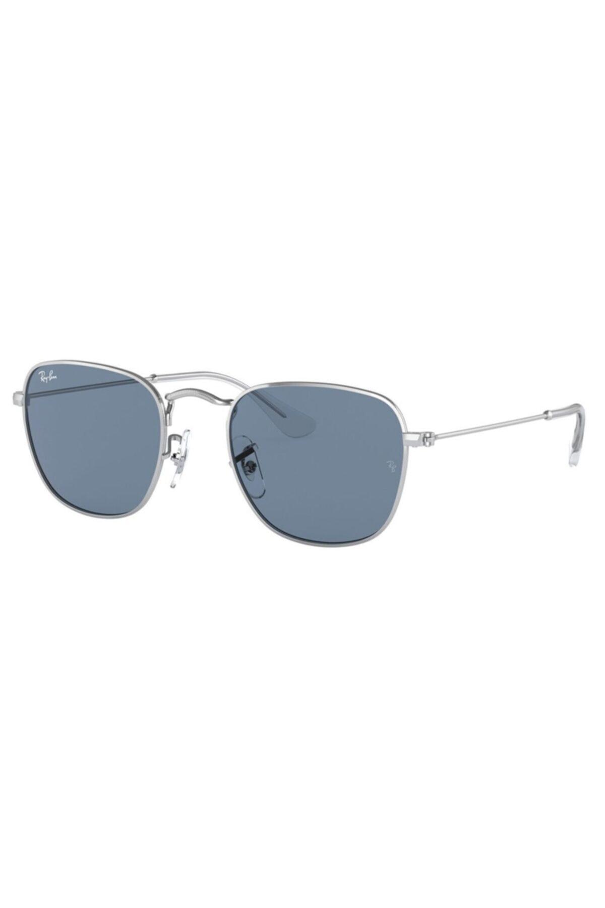 عینک آفتابی پسرانه فانتزی برند ری بن رنگ نقره کد ty92555426