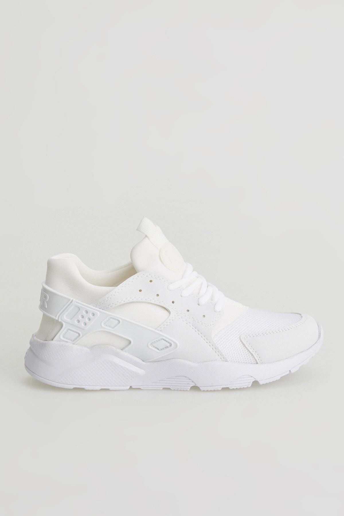 فروش کفش اسپرت مردانه حراجی برند zincirport رنگ بژ کد ty94385561