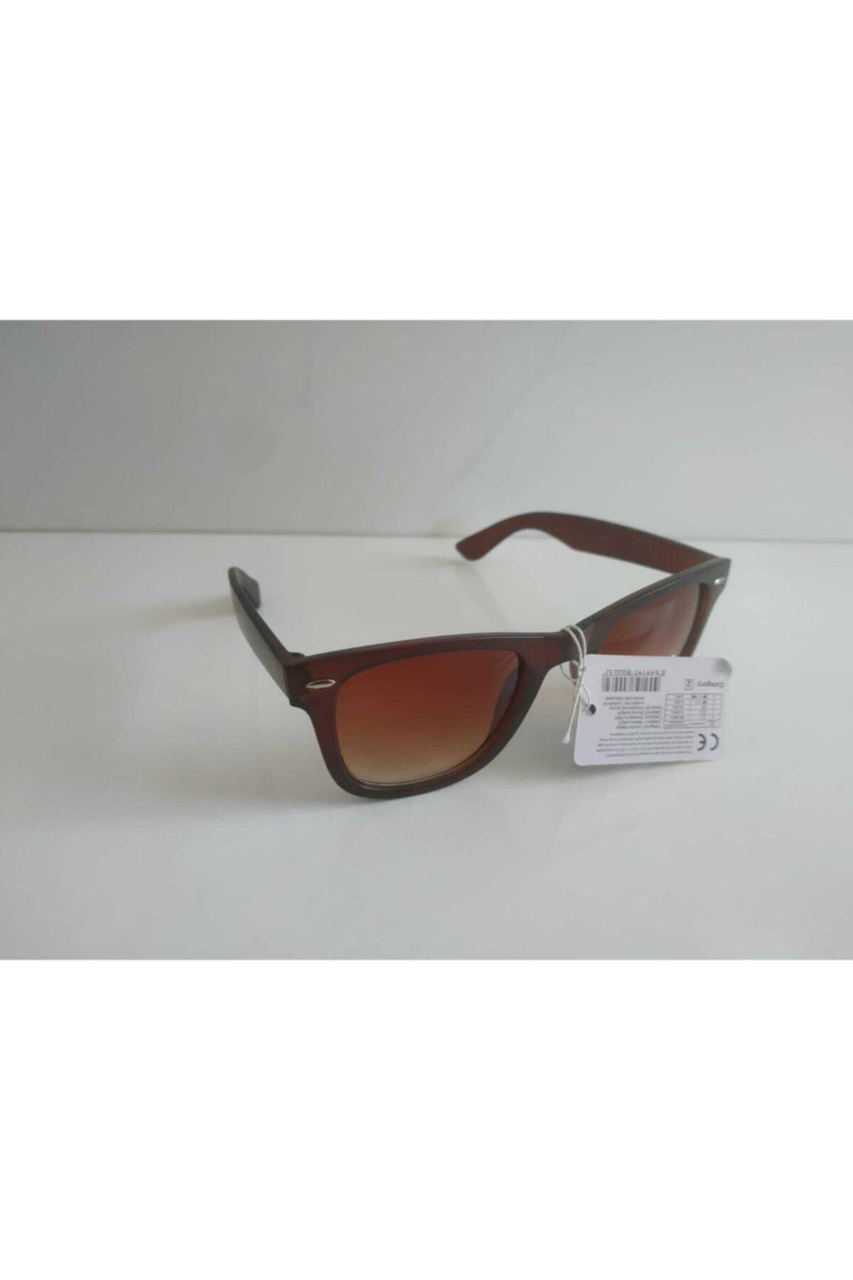 سفارش اینترنتی عینک دودی فانتزی برند Ray-Ban Junior رنگ قهوه ای کد ty95041303
