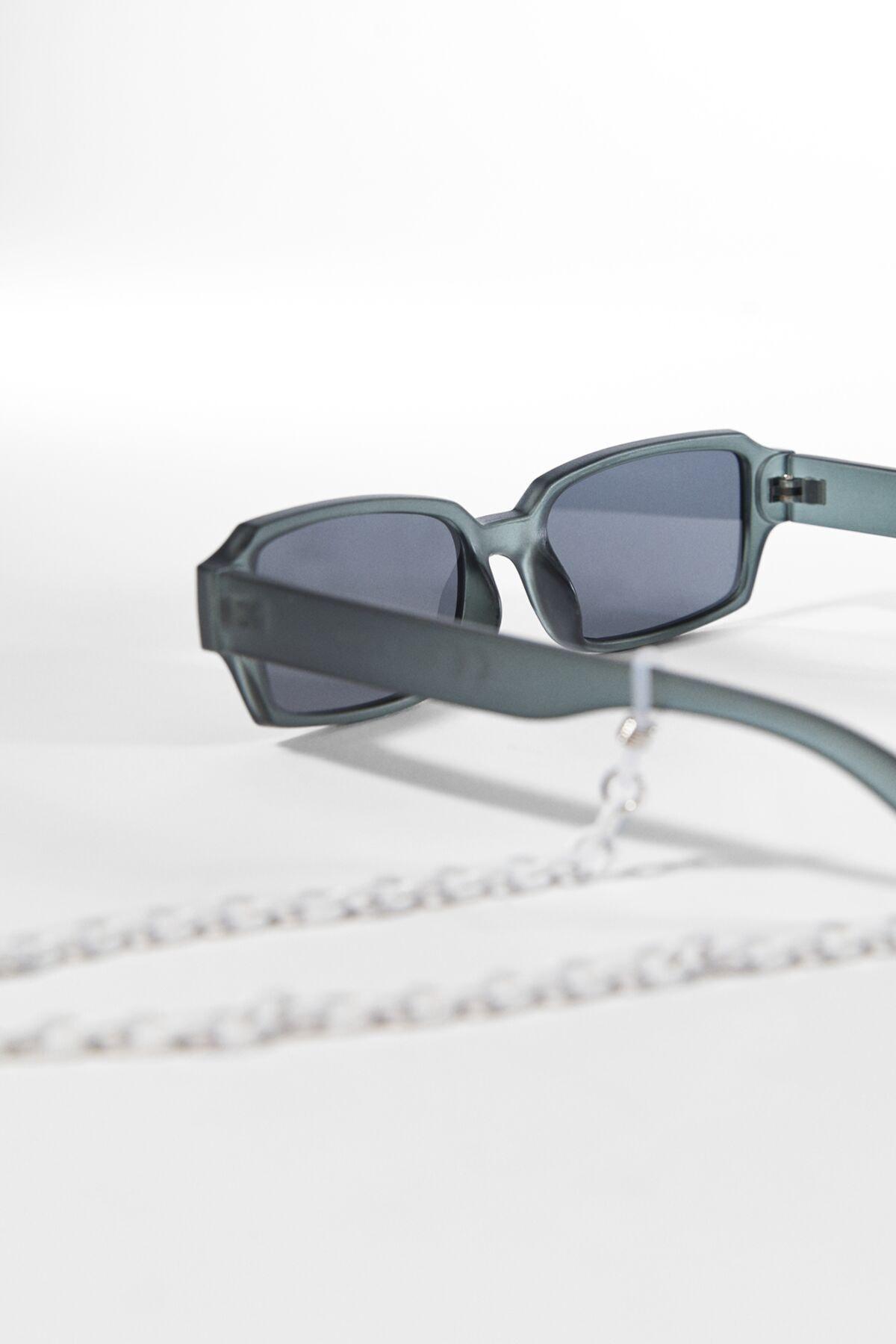 عینک آفتابی ساده مارک bershka رنگ نقره ای کد ty95323853