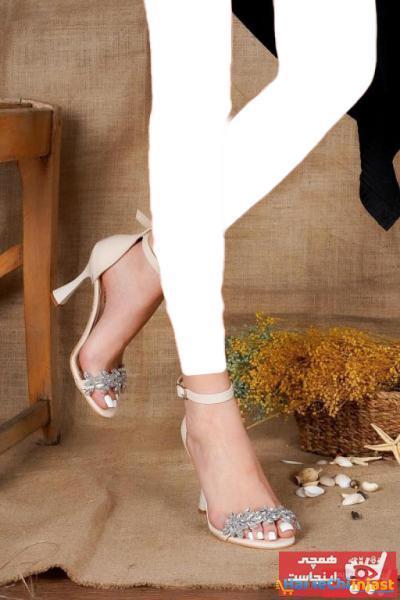 پاشنه بلند زنانه ترک مجلسی برند Öncerler Ayakkabı رنگ بژ کد ty101936689