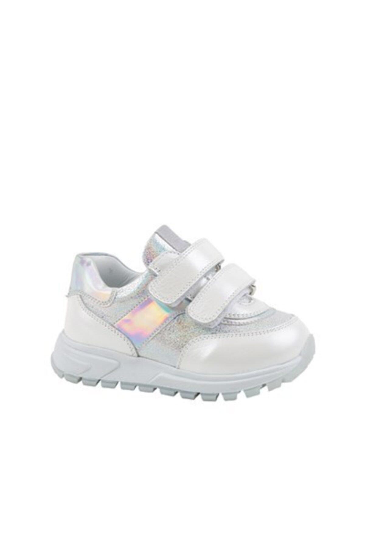 خرید نقدی کفش اسپرت ارزان بچه گانه دخترانه برند kids A more کد ty99902093